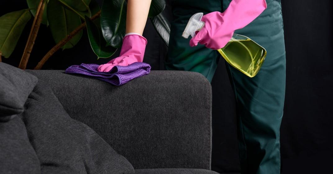čištění sedací soupravy