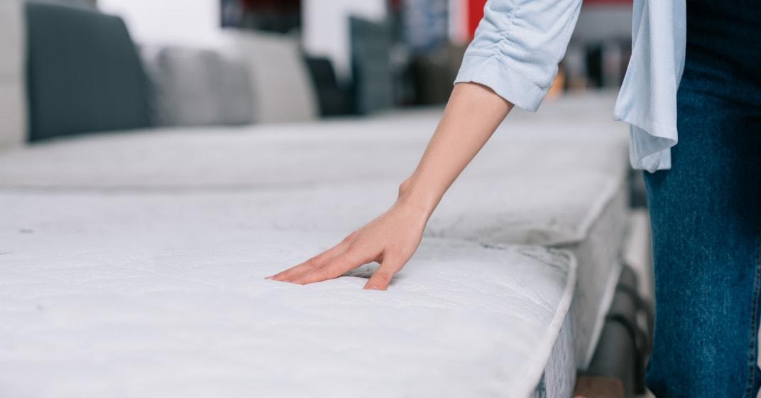 vybíráme matraci